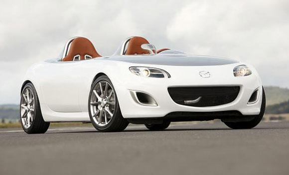 Mazda has selected Rackspace to host the automaker's website and application.