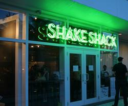 Shake Shack comes to Miami