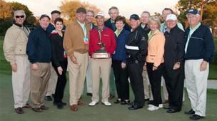 Corey Pavin, center, poses for a picture with the Boca Raton Champions Golf Charities board after his win in 2012.