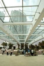 <strong>Soffer</strong>'s Fontainebleau refi could show hotel resurgence
