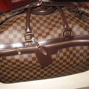 Designer luggage that belonged to Kim and Scott Rothstein will be auctioned.