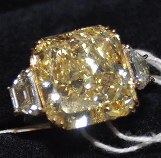 The highest-priced item at an auction of Rothstein's assets in July 2011 was this yellow diamond ring, which sold for $340,000.