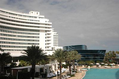 The owners of the Fontainebleau Miami Beach could be positioning the hotel for gambling.