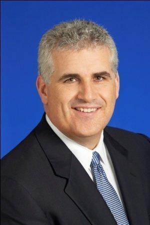 Wayne Schuchts of Avison Young will help lease                MARS Powerline Center in Fort Lauderdale.