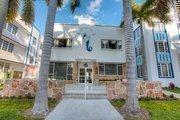 The entrance of the Pestana South Beach Art Deco Hotel.