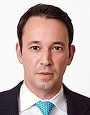 Amos B. Elberg joined Arnstein & Lehr as a partner.