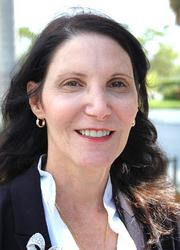 The Peninsula hired Mindy Goldfarb as director of sales and marketing.
