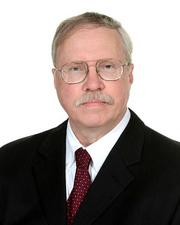 Roetzel & Andress hired Verne Luckow as senior counsel.