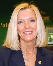 Palm Beach Community Bank promoted  Nancy J. Minniear to executive VP and CFO.