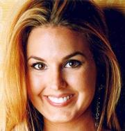 Saks Fifth Avenue at Dadeland Mall hired Romina Nabhen as Fashion & Fifth Avenue Club director.