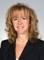 Florida Shores Bank hired Jodi Simons as market manager for Boca Raton.