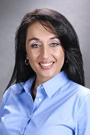 Iberiabank promoted Regina Thomson to assistant VP and business banker.