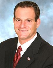 Michael Yavner joined Safra National Bank of New York as senior VP of the domestic private banking division.