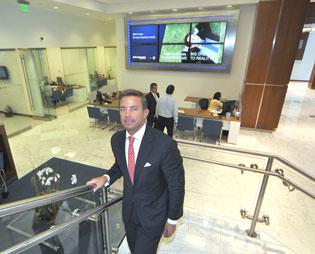 President and CEO Jorge Gonzalez says the bank will focus on expanding in western areas.