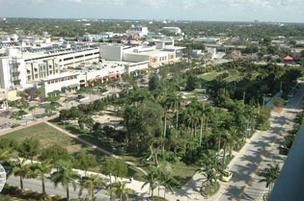 Midtown Miami's undeveloped area is the site for a proposed entertainment block, which would join stores and restaurants.