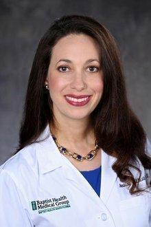 Dr. Anaisys Ballesteros