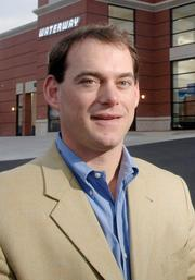 113. Waterway Gas & Wash 2011 Revenue: $125,000,000 | 25% Robert Dubinsky, president and CEO