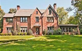 A four-bedroom house in Ladue, where 69.8 percent of the town's households earn $100,000 or more a year.
