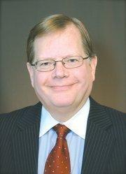 33. Bryan Cave LLP 2011 Revenue: $557,303,000 | 3.3% Don Lents, chairman