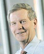 Enterprise Financial awards $297,475 in bonuses to execs