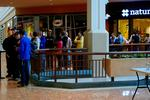 Apple iPhone 5 debut creates long lines at the Galleria