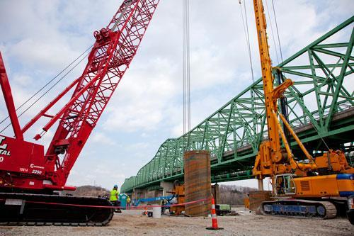 The new Daniel Boone Bridge is scheduled for completion in December 2015.
