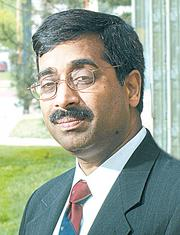 Mahendra Gupta: Dean, Olin School of Business at University