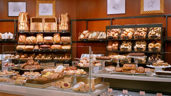 Kissimmee welcomed a new Panera Bread bakery-cafe with a drive-through feature on Nov. 28.