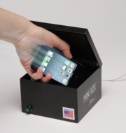 The Phone Blox closes automatically when a vehicle is turned on or put into gear.