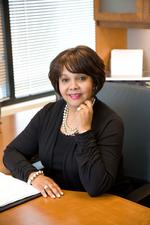 Beverly White to retire from VNA