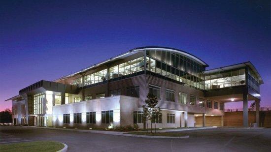 An exterior image of Air Evac Lifeteam's headquarters in O'Fallon, Mo.