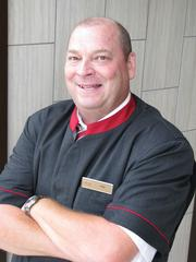 "Thomas ""Toz"" Berry, Bellman/Guest Services, St. Louis Airport Marriott"