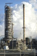 Roxana refinery charges up after plant makeover