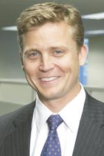 Scottrade promotes <strong>Dennison</strong> to CFO, hires head of brokerage