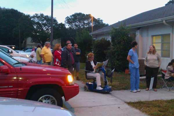 Early morning voters lined up in Pinellas County