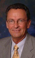 Former TIA exec named director of Sacramento County Airport System