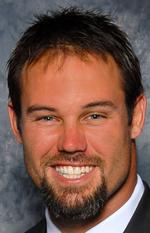 <strong>Mike</strong> <strong>Alstott</strong> signs with alternative energy company