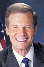 Nelson outdraws <strong>Mack</strong> in campaign contributions