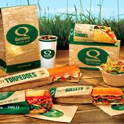 Quiznos (Concourse B)Quiznos features soups, salads, and oven-toasted sub sandwiches. Hours: 5 a.m. to 7:15 p.m. Sunday-Friday, 5 a.m. to 7 p.m. Saturday.