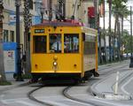 Advertising could stop losses for streetcars, report says