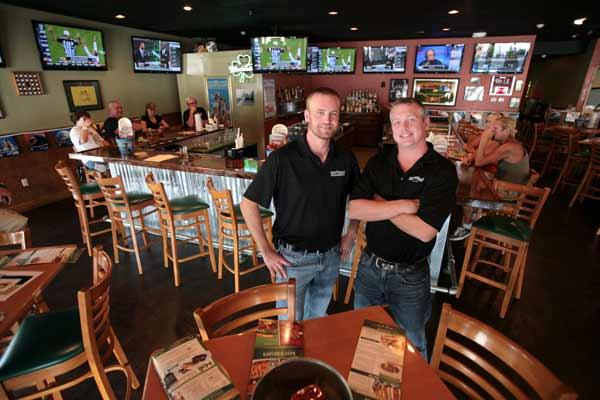At Beef O'Brady's in Sarasota, co-owners Cliff Longshore and Jimmy Mayberrie have found a restaurant chain they can improve upon.
