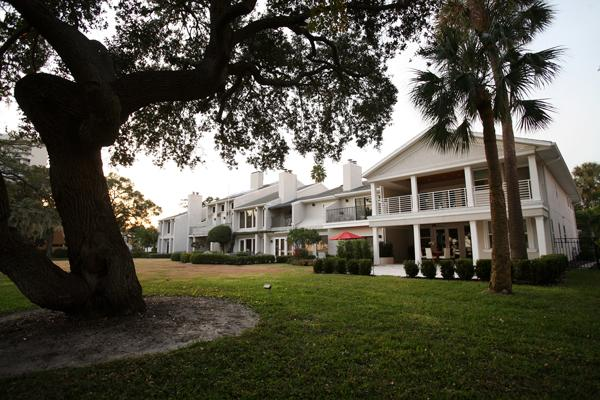 A loan on a townhouse on Bayshore Boulevard was part of the portfolio acquired by Convergent Capital Partners.