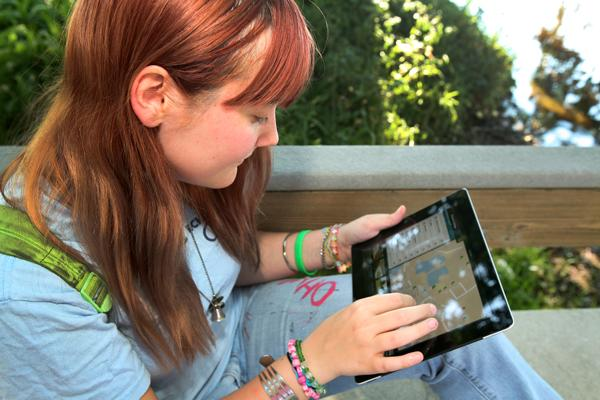 Eckerd College student Ashley Porterfield, East Asian Studies, uses the college's new virtual tour app on her iPad.
