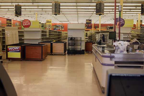 An empty Sweetbay Supermarket location in Tampa Bay.
