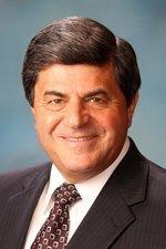 Sandelli retiring as senior managing director at CBRE