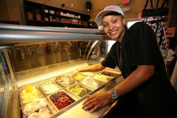Irole Torres, barista at Datz restaurant in Tampa, scoops gelato.