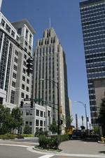 CBRE to market R.J. Reynolds Building