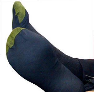 Gildan to buy Gold Toe Moretz for $350M