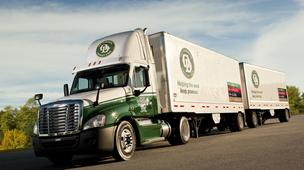 Old Dominion Freight Line reported flat net income in the fourth quarter, but saw a jump in profits for the year.