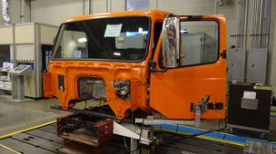 Under a new deal, Core Molding will make heavy-duty truck hoods and roofs for Volvo.